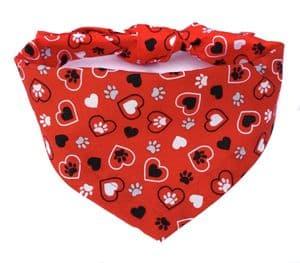 HEARTS & PAWS VALENTINE DOG BANDANA (RED)