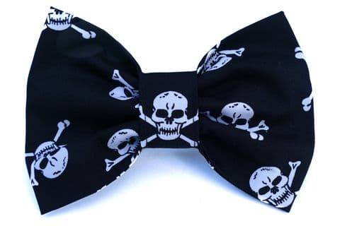 PIRATE SKULL BOW TIE