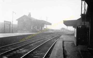 Abbeyhill Railway Station Photo. Edinburgh - Leith. North British Railway. (1)