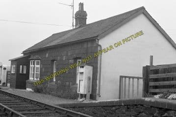 Abererch Railway Station Photo. Pwllheli - Afonwen. Portmadoc Line. (5)