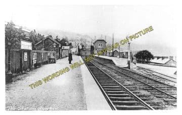 Aberfan Railway Station Photo. Quakers Yard - Troedyrhiw. Merthyr Line. (2)