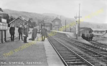 Aberfan Railway Station Photo. Quakers Yard - Troedyrhiw. Merthyr Line. (3)