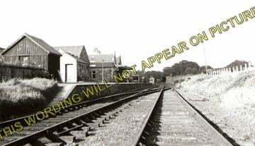 Aberfeldy Railway Station Photo. Grandtully and Ballinluig Line. Highland Railway. (2)