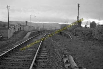 Abernethy Railway Station Photo. Newburgh - Bridge of Earn. Perth Line. NBR. (5)