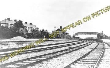 Aberthaw High Level Railway Station Photo. Rhoose - Gileston. Barry Railway. (1)