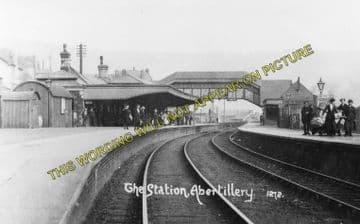 Abertillery Railway Station Photo. Aberbeeg - Blaina. Nantyglo Line. (3)