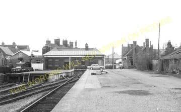 Abingdon Railway Station Photo. Radley Line. Great Western Railway. (16)