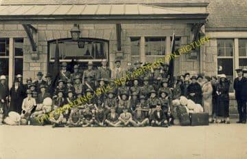 Aboyne Railway Station Photo. Dess - Dinnett. Lumphanan to Ballater Line. (17)