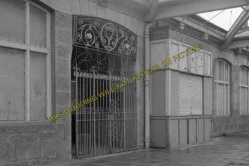 Aboyne Railway Station Photo. Dess - Dinnett. Lumphanan to Ballater Line. (7)