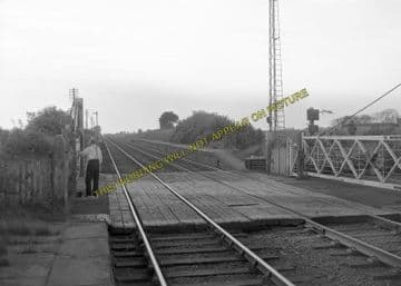 Aby Railway Station Photo. Alford - Authorpe. Willoughby to Louth. GNR (3)