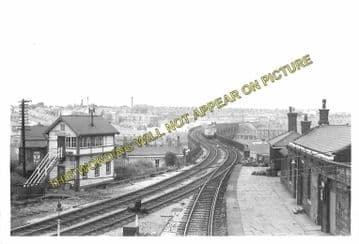 Accrington Railway Station Photo. Burnley to Blackburn and Stubbins Lines. (6)