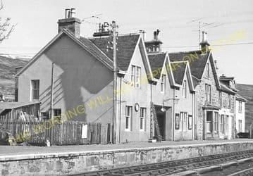 Achnasheen Railway Station Photo. Glencarron - Achanalt. Dingwall Line.  (13)