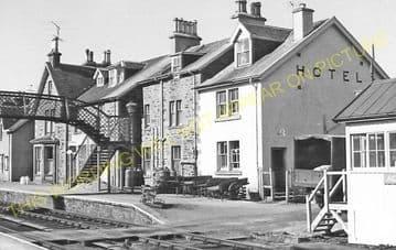 Achnasheen Railway Station Photo. Glencarron - Achanalt. Dingwall Line.  (16)