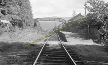 Achnashellach Railway Station Photo. Strathcarron - Achnasheen. Highland (3)