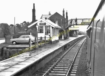 Acle Railway Station Photo. Great Yarmouth - Lingwood. Norwich Line. (4)