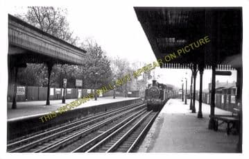 Acton Central Railway Station Photo. Willesden - Kew. North & South Western. (3)
