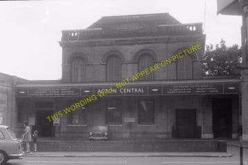 Acton Central Railway Station Photo. Willesden - Kew. North & South Western. (6)
