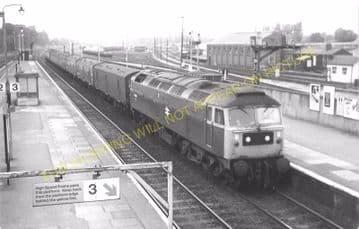 Acton Main Line Railway Station Photo. Paddington - Ealing Broadway Line. (4)