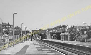 Acton Main Line Railway Station Photo. Paddington - Ealing Broadway Line. (7)