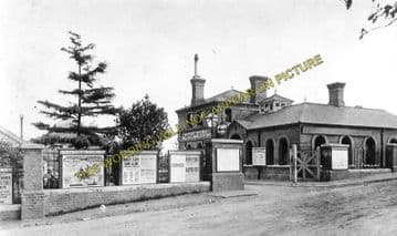 Acton Town Railway Station Photo. Chiswick Park to Ealing and Northfields. (1)