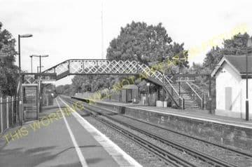 Adisham Railway Station Photo. Shepherdswell - Bekesbourne. Canterbury Line. (8)