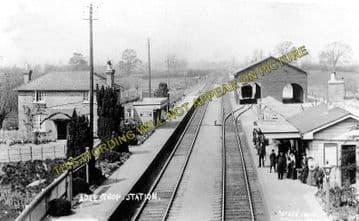 Adlestrop Railway Station Photo. Kingham - Moreton-in-Marsh. (3)