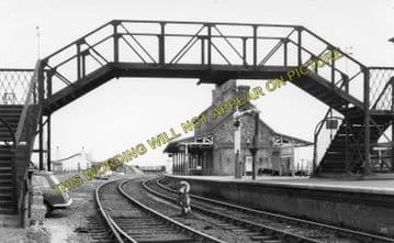 Afonwen Railway Station Photo. Abererch - Criccieth. Pwllheli to Portmadoc. (20)
