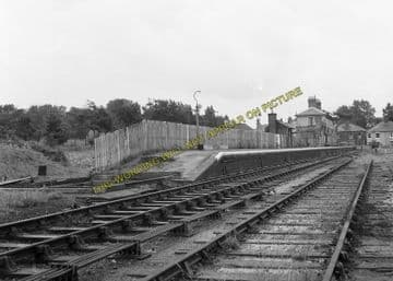 Aldeburgh Railway Station Photo. Leiston & Saxmundham Line. Great Eastern. (10)