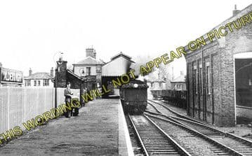 Aldeburgh Railway Station Photo. Leiston & Saxmundham Line. Great Eastern. (2)