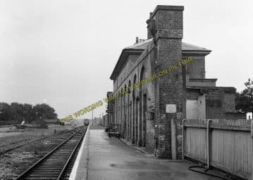 Aldeburgh Railway Station Photo. Leiston & Saxmundham Line. Great Eastern. (8)
