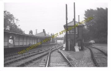 Aldermaston Railway Station Photo. Theale - Midgham. Reading to Newbury. (16)