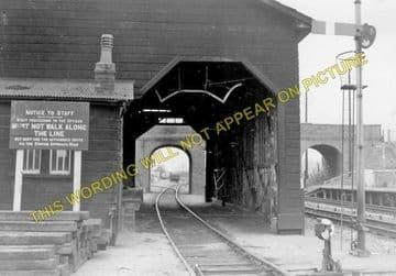 Aldermaston Railway Station Photo. Theale - Midgham. Reading to Newbury. (19)