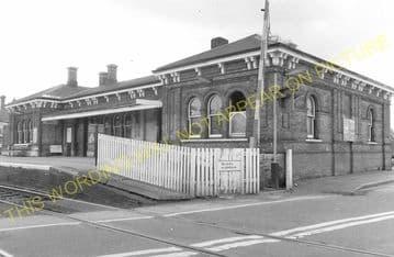 Aldershot North Camp Railway Station Photo. Farnborough - Ash and Guildford (13)