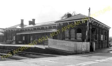 Aldershot North Camp Railway Station Photo. Farnborough - Ash and Guildford (14)