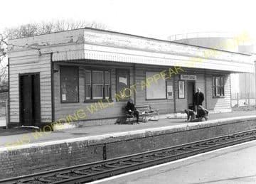 Aldershot North Camp Railway Station Photo. Farnborough - Ash and Guildford (18)