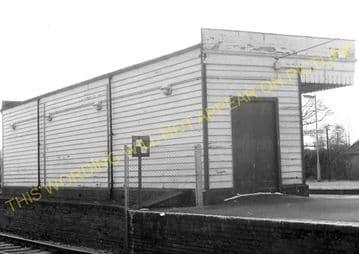 Aldershot North Camp Railway Station Photo. Farnborough - Ash and Guildford (19)