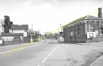 Aldershot North Camp Railway Station Photo. Farnborough - Ash and Guildford (30)