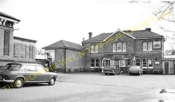 Aldershot North Camp Railway Station Photo. Farnborough - Ash and Guildford (31)