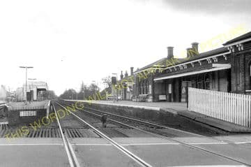 Aldershot North Camp Railway Station Photo. Farnborough - Ash and Guildford (32)