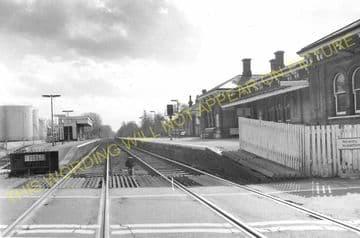 Aldershot North Camp Railway Station Photo. Farnborough - Ash and Guildford (33)