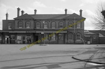 Aldershot Town Railway Station Photo.North Camp & Ash Vale - Farnham. L&SWR (10)