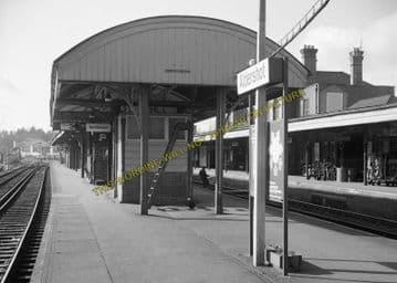 Aldershot Town Railway Station Photo.North Camp & Ash Vale - Farnham. L&SWR (16)
