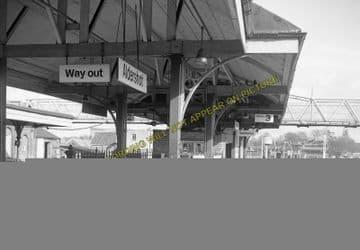 Aldershot Town Railway Station Photo.North Camp & Ash Vale - Farnham. L&SWR (17)