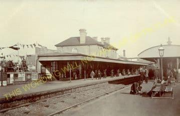Aldershot Town Railway Station Photo.North Camp & Ash Vale - Farnham. L&SWR (23)