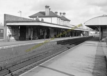 Aldershot Town Railway Station Photo.North Camp & Ash Vale - Farnham. L&SWR (4)