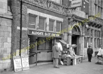 Aldgate East Railway Station Photo. Liverpool Street - Whitechapel. (1)..