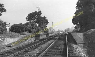 Alford Railway Station Photo. Castle Cary - Keinton Mandeville. (7)