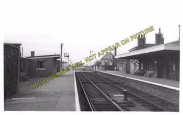 Alford Town Railway Station Photo. Willoughby - Aby. Authorpe Line. (11)