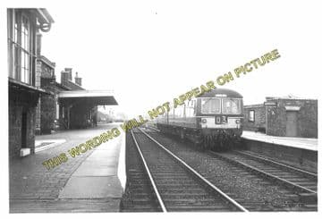 Alford Town Railway Station Photo. Willoughby - Aby. Authorpe Line. (12)