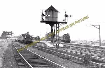 Allhallows-on-Sea Railway Station Photo. Stoke Juntion Line. Isle of Grain. (7)